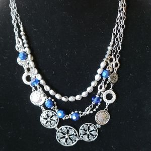 NWT Silver/ blue necklace